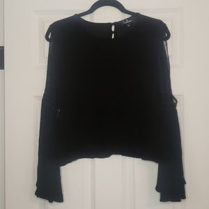 Lulus bell/flare sleeve button back top
